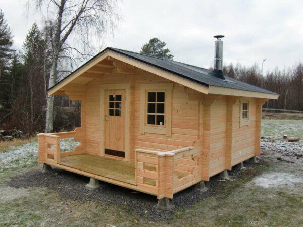 Bastustuga 15 med 4,8 m² basturum, 7,5 m² relaxrum och 2,7 m² omklädningsrum