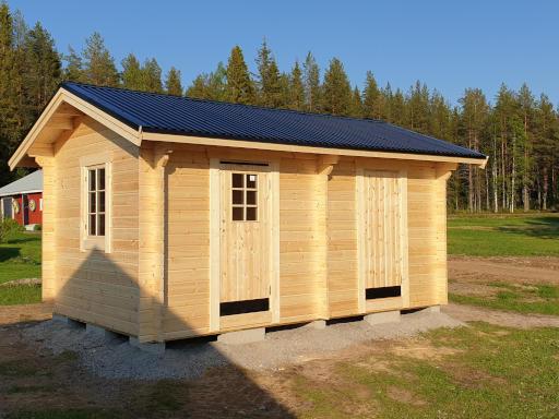 Förråd 15 m² med två rum och enkeldörrar i bägge rummen